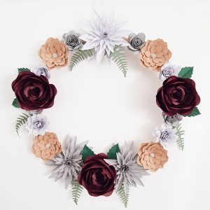 Mulled-Wine-Paper Flower Wreath